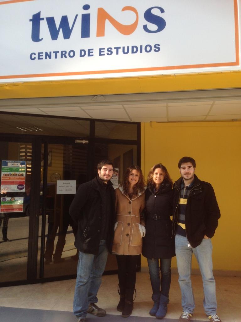 fachada_con_nosotros